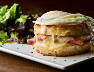 del-friscos-grille-continues-texas-expansion