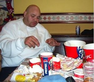 Fat-People-Eating-Pictures-14-570x499