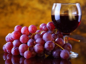 is_141201_red_wine_grapes_resveratrol_800x600